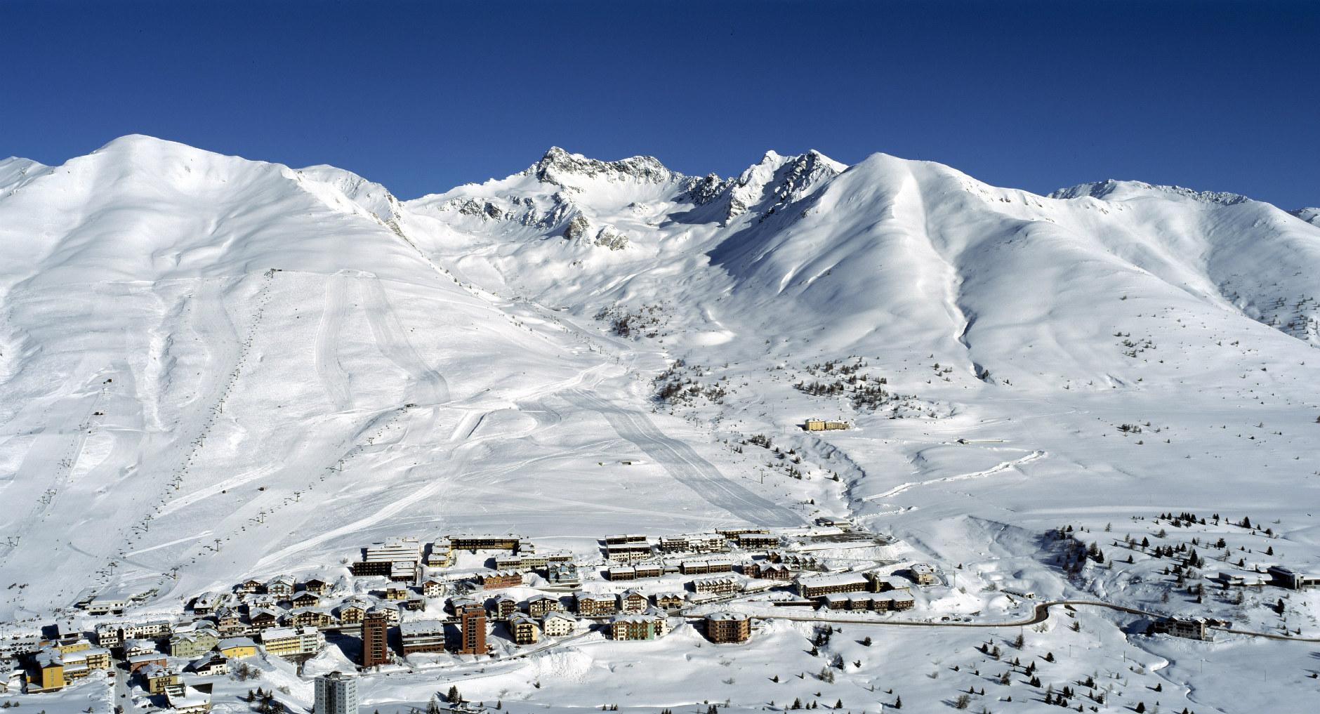 ски в пасо тонале италия